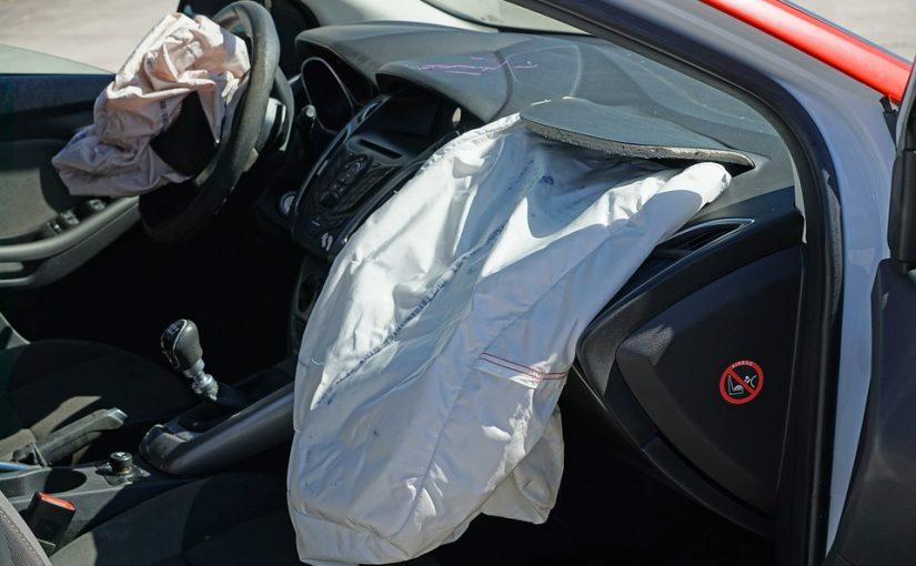 Jak dbać o lakier w samochodzie?