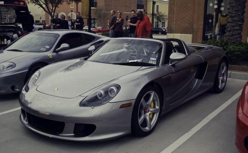 Jazda po torze wyścigowym – jakie auto wybrać?